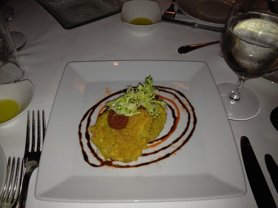 Norman's: Fried Green Tomatoes - Artful plating AND delicious!