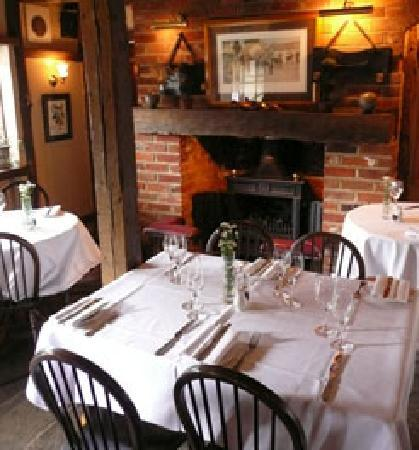 Mango Lounge at The Chequers: The main restaurant