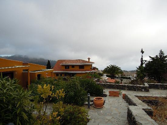 Hotel Alta Montana: Main bld