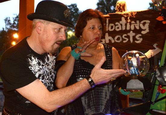 Floating Ghosts Seance Tour: Ghost Hosts Cecil McKnight and Divina