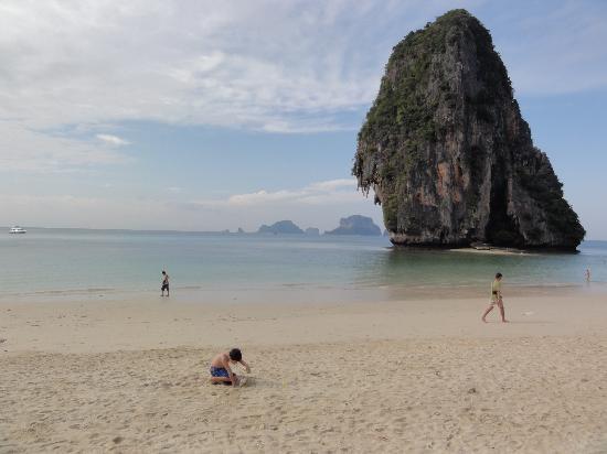 PhraNang Cave Beach: spiaggia