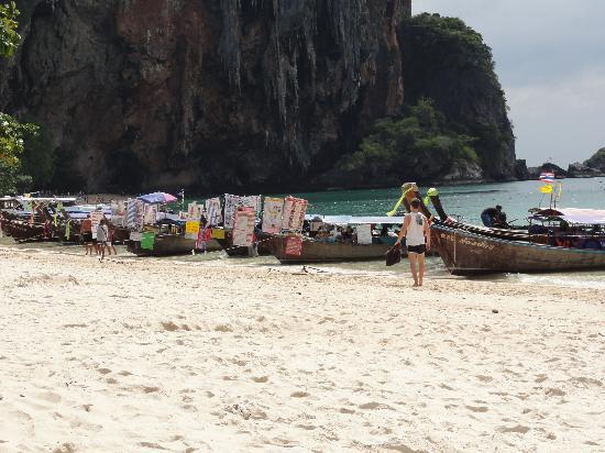 Phra Nang Beach: ristoranti dal mare