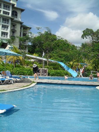 Sheraton Bijao Beach Resort: Glissoire, très populaire pour les enfants