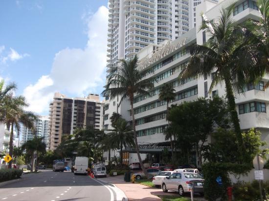 The New Casablanca on the Ocean Hotel: Excelente ubicacion, a metros de la playa