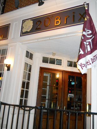 20 Brix Restaurant: out front