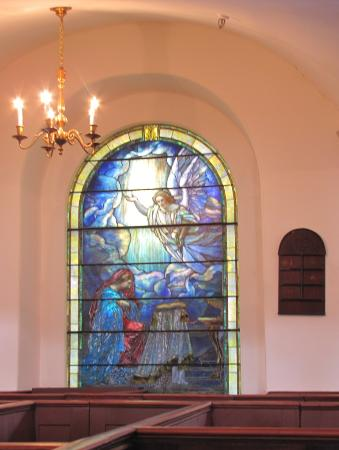 St. Michael's Church: The annunciation by Gadriel & fiat by Mary