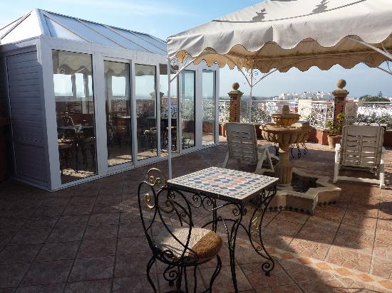 Borj Mogador: Windgeschützter Pavillon auf der Terrasse
