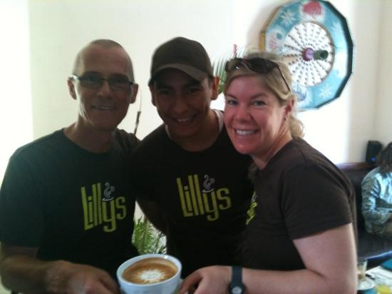 Lilly's Cafe: staff very friendly!