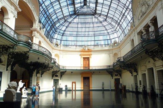 美术博物馆 (Museo Nacional de Bellas Artes)