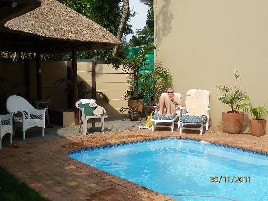 Ndiza Lodge and Cabanas: pool