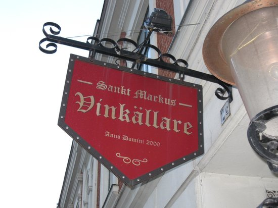 Sankt Markus Wine Cellar: Look out for this sign!