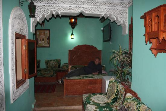 Riad Hiba Meknes: La mitad de la habitación