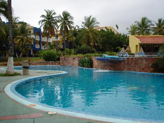Hesperia Playa El Agua : piscina orinoco