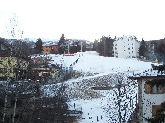 Hotel Savoia Debili : view from our balcony to the ski slope