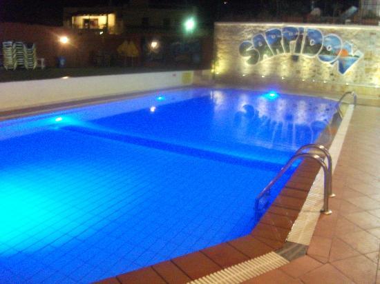 Sarpidon Apartments: Nice pool :)