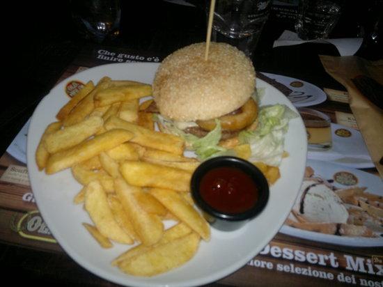Old Wild West: Il BBQ Burger con Premium Fries