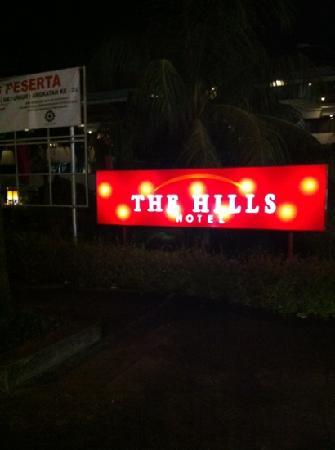 The Hills Batam: exterior