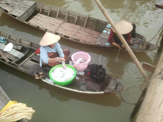 Trung Nguyen Hotel: la mère denis du village chom