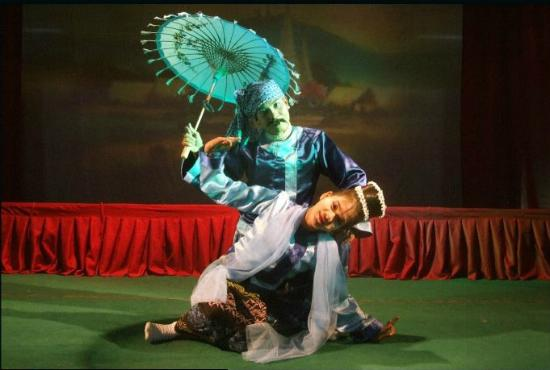 Mintha Theater : dancers2