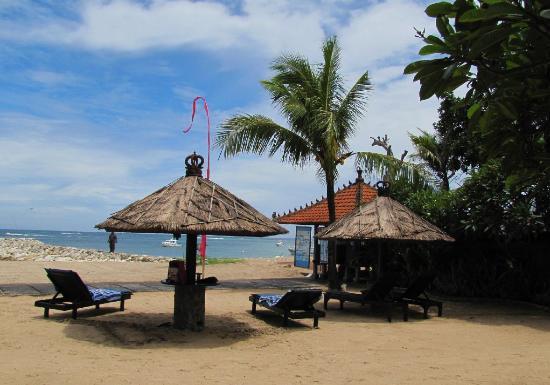 Matahari Terbit Bali Deluxe Bungalows: Matahari Terbit Bali