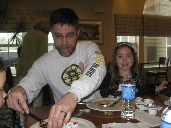 Residence Inn Danbury: Our son and grand daughter at breakfast in the dining room