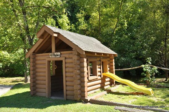 Alpine Mountain Village Resort: Play area
