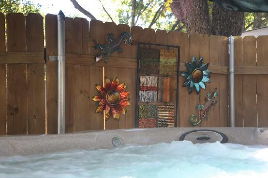Across the Way - Front & Back Porch: Ella's Haus Private Hot Tub Courtyard