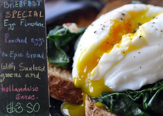 Epic Arts Cafe: Weekly Special: Eggs Florentine!