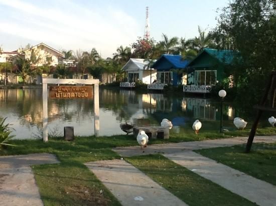 Suanpanja Resort : season villas