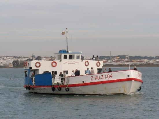 Vila Real de Santo Antonio, Portugal: barco para espanha
