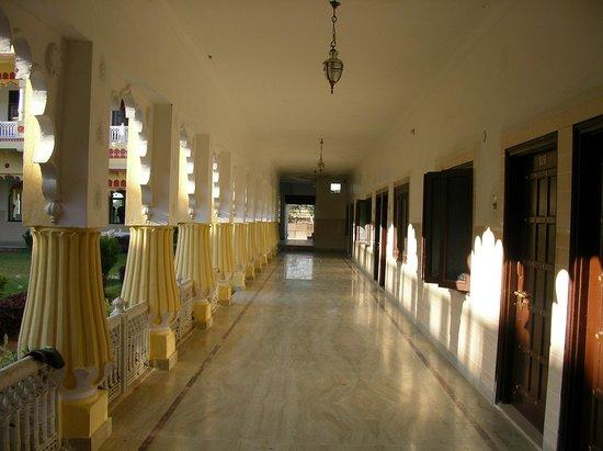 Menal Resort