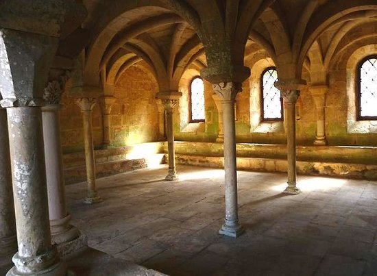 Chateau Haute-Fontaine : Fontfroide Abbey - the chapter-house