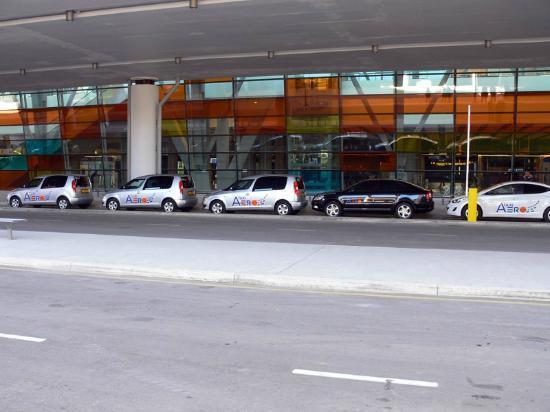 อาร์เมเนีย: Aerotaxi, Taxi service of Zvartnots Airport, +37410771100