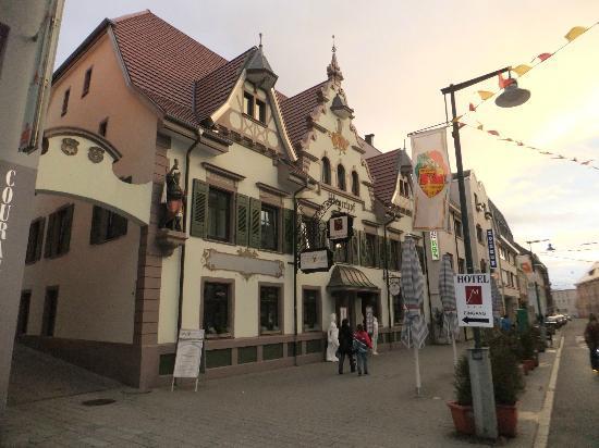 Lorrach, Tyskland: Hotel Außenansicht