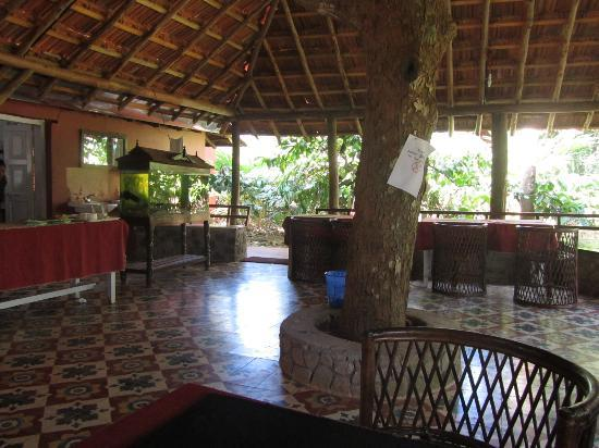 Aranyakam Homestay: The dining area
