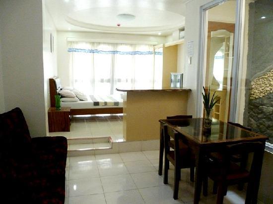 Isla Del Mar Boracay Beach Hotel: Suite