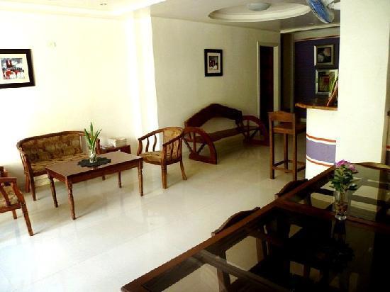 Isla Del Mar Boracay Beach Hotel: Lobby