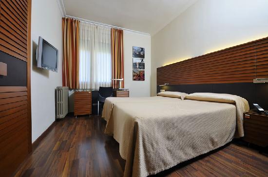 Hotel astoria barcelona spanje foto 39 s reviews en for Astoria barcelona