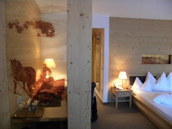 Boutique Hotel Nives: interno stanza junior suite Plaza
