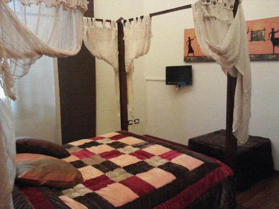Villino il Leone: camera etnica