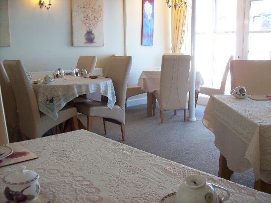 Sandhurst Tearooms : Part of Inside