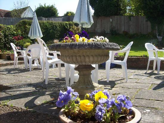 Sandhurst Tearooms : Part of Garden