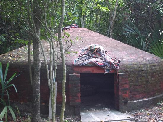 Temazcal Cenote Experience: The temazcal
