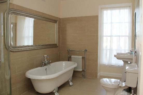 Stay Edinburgh City Apartments - Royal Mile: BATHROOM