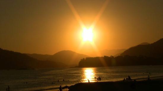 Hotel Torremolinos: Puesta de sol desde el bar de la piscina