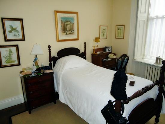 The College Club of Boston: Emmanuel Room