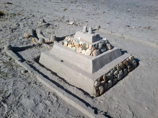 Bloubergstrand Beach: Sandcastle on the beach