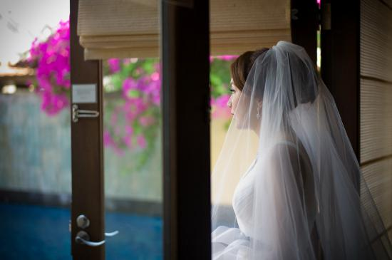 The St. Regis Bali Resort: wedding inside strand villa