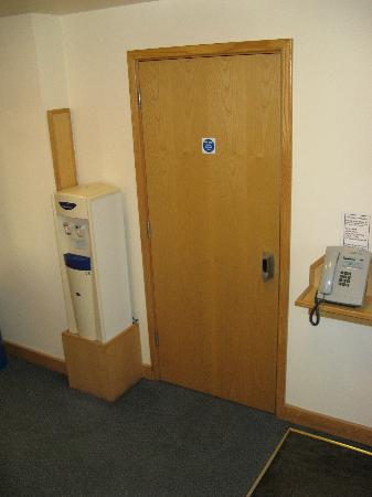 Weald of Kent Golf Course & Hotel: Water dispenser and phone on ground floor