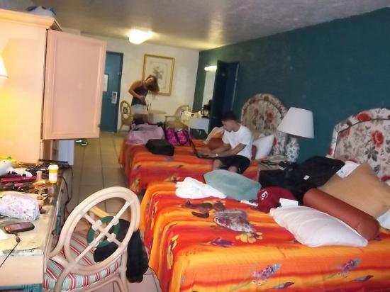 Casa Loma Inn